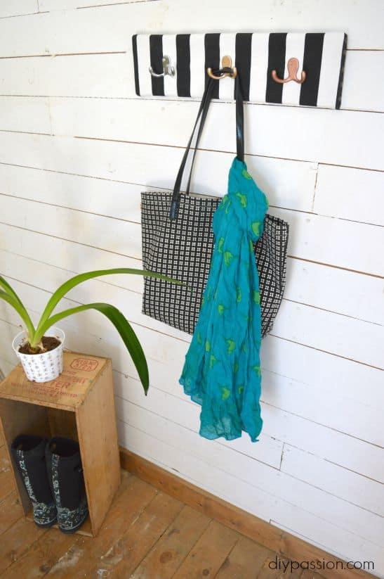 Fabric Entry Hooks Side