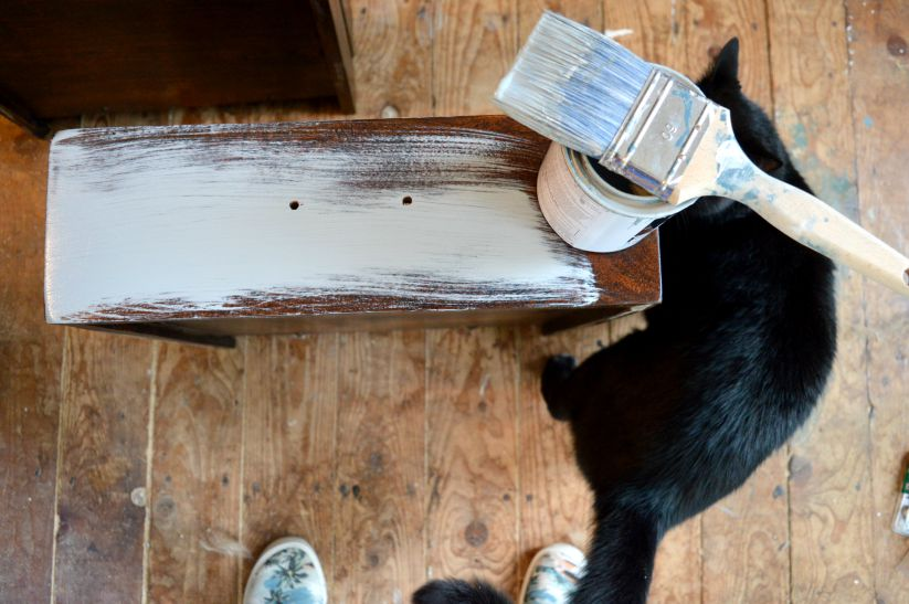 best paint brush for chalk paint how to use chalk paint on wood