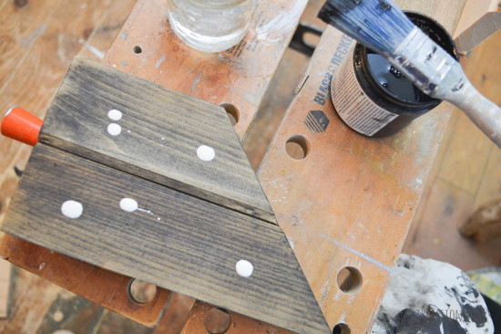 How to use whitewash glaze on wood