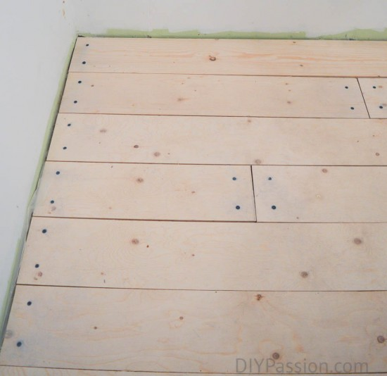 Staggered floor boards