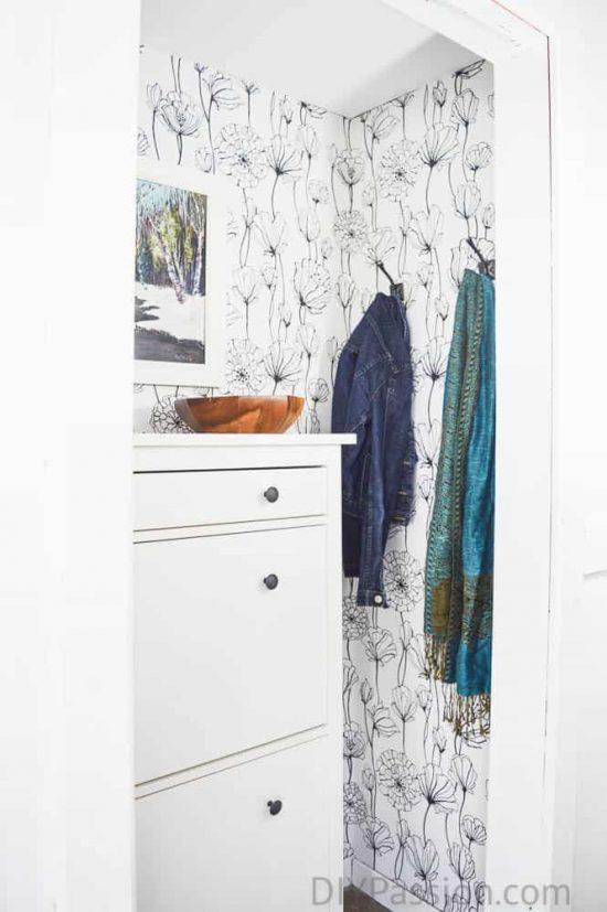 home-tour-front-hall-closet-diypassion-com