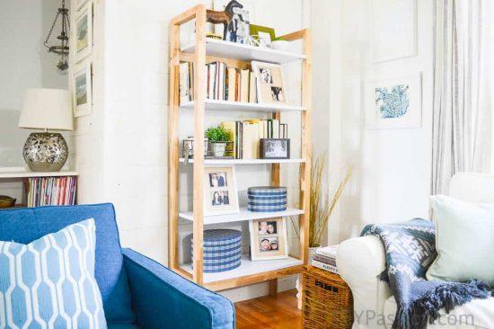 home-tour-planked-living-room-nook-diypassion-com