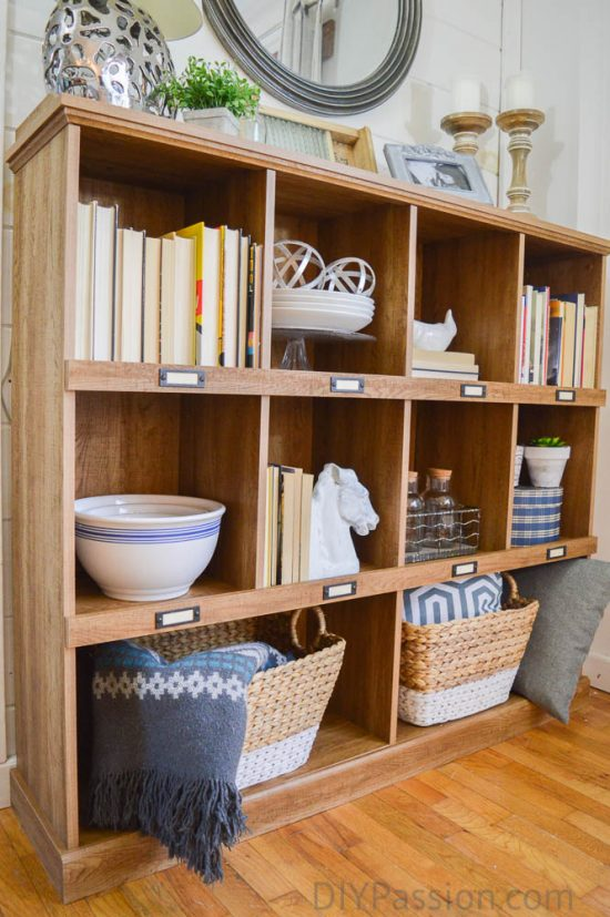 baskets-books-and-ceramics-how-to-style-a-rustic-bookcase
