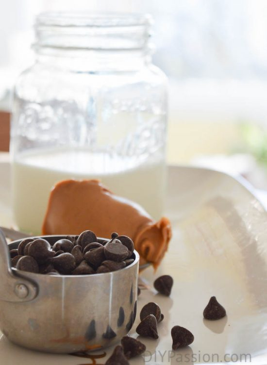 peanut-butter-hot-chocolate-in-minutes
