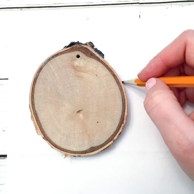 Make your own Wood Slice Ornaments