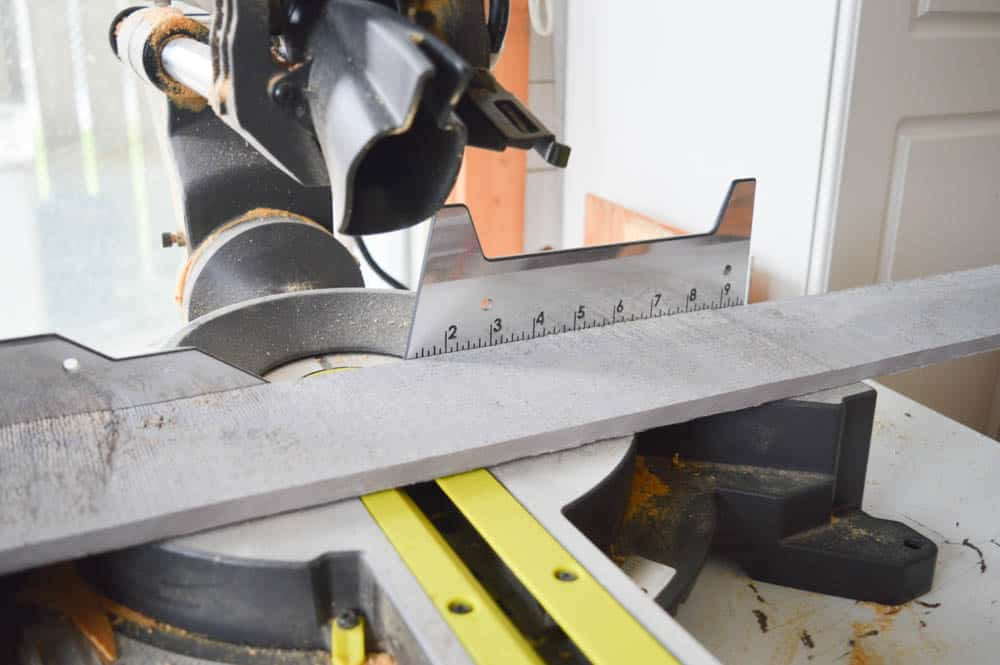 How to use a mitre saw to cut barn board!