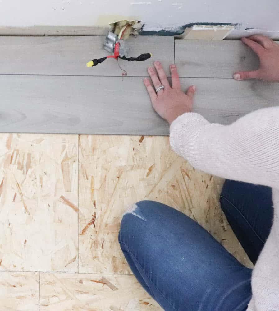 installing vinyl plank floor