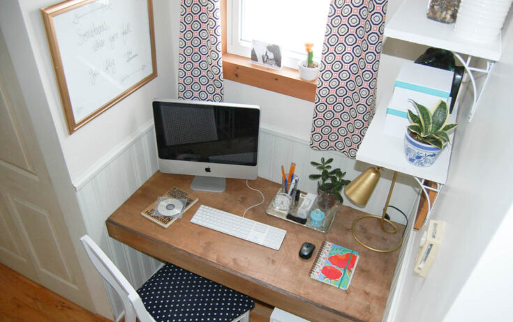 Make your own Built-in Floating Desk | Space Saving Solution