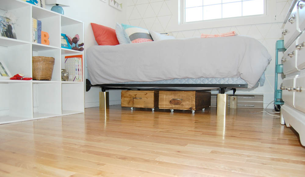 Kids room under bed storage