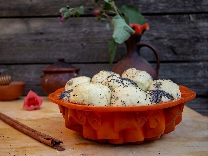 Monkey Bread Recipe with Frozen Bread Dough