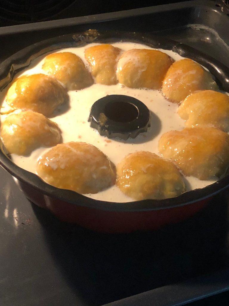 making monek bread with ice cream